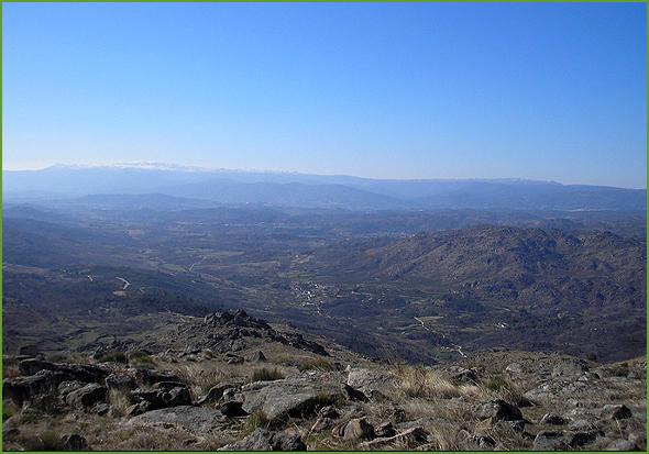 Paisagem arrebatadora vista do Cabeço de São Cornélio