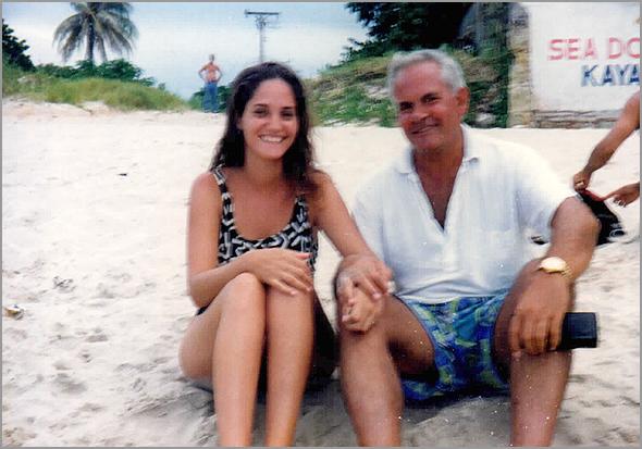 Franklim na praia de Varadero com a farmacêutica