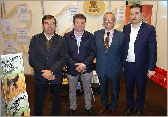 Representantes dos três municipios raianos no stand Terras do Lince