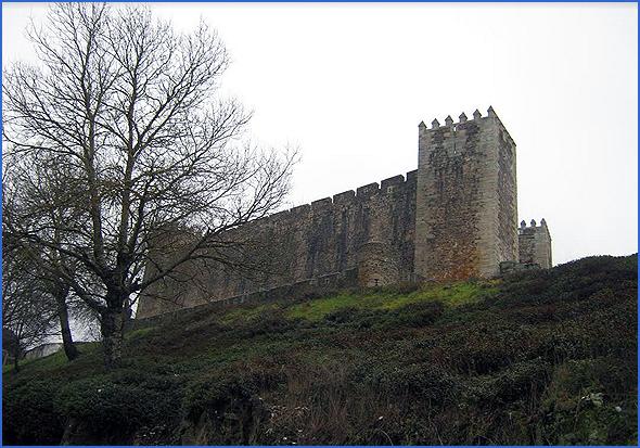 Castelo de Cinco Quinas no Sabugal