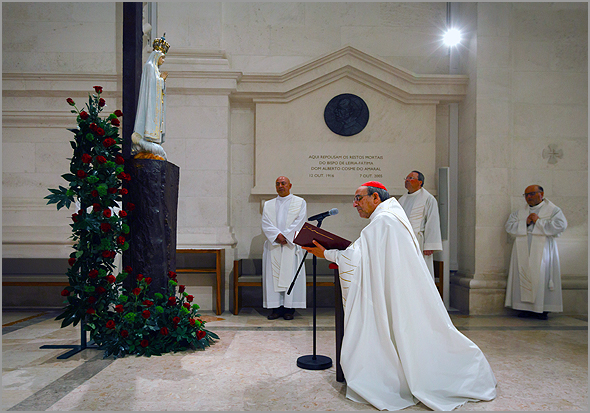 O cardeal D. António Marto consagrou Portugal e Espanha ao Sagrado Coração de Jesus e ao Imaculado Coração de Maria