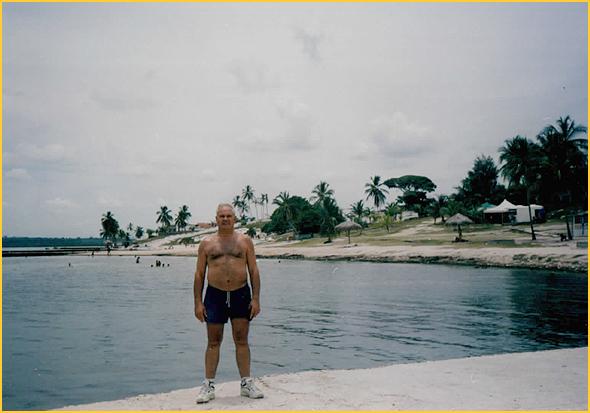 Franklim na praia de Caibarien