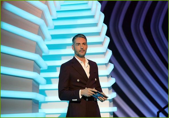 Cláudio Ramos apresenta o BigBrother na TVI