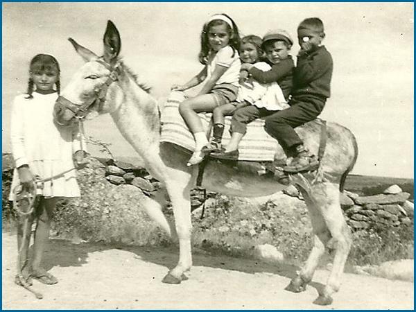 Antigamente as crianças gostavam de andar de burro