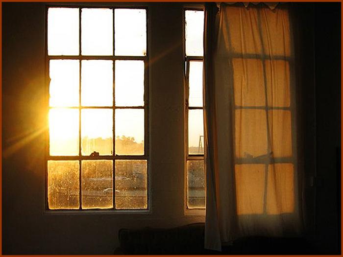 O meu sol nasce na Serra, em frente à minha janela