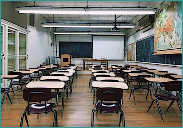Orientações já foram transmitidas às escolas para a reabertura