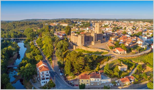 Sabugal, o rio Côa e o Castelo das Cinco Quinas