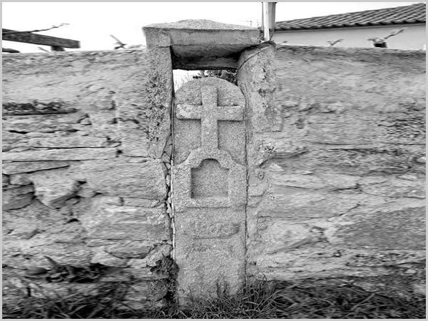Cruzeiro dentro da povoação (data 1866 ?)