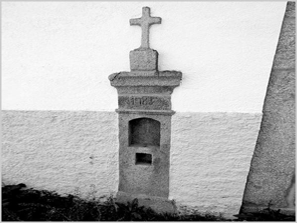 Cruzeiro do Largo da Relva (data 1785 ?)