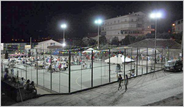 Nos anos anteriores a festa continuava noite dentro no recinto desportivo