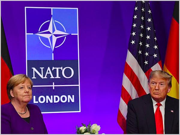 Angela Merkel e Donald Trump com a NATO pelo meio