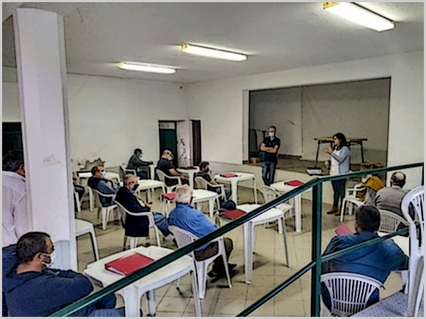 Formação no Casteleiro: «Conduzir e operar com o tractor em segurança»