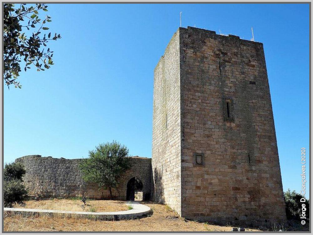 Torre de Menagem do Castelo de Vilar Maior