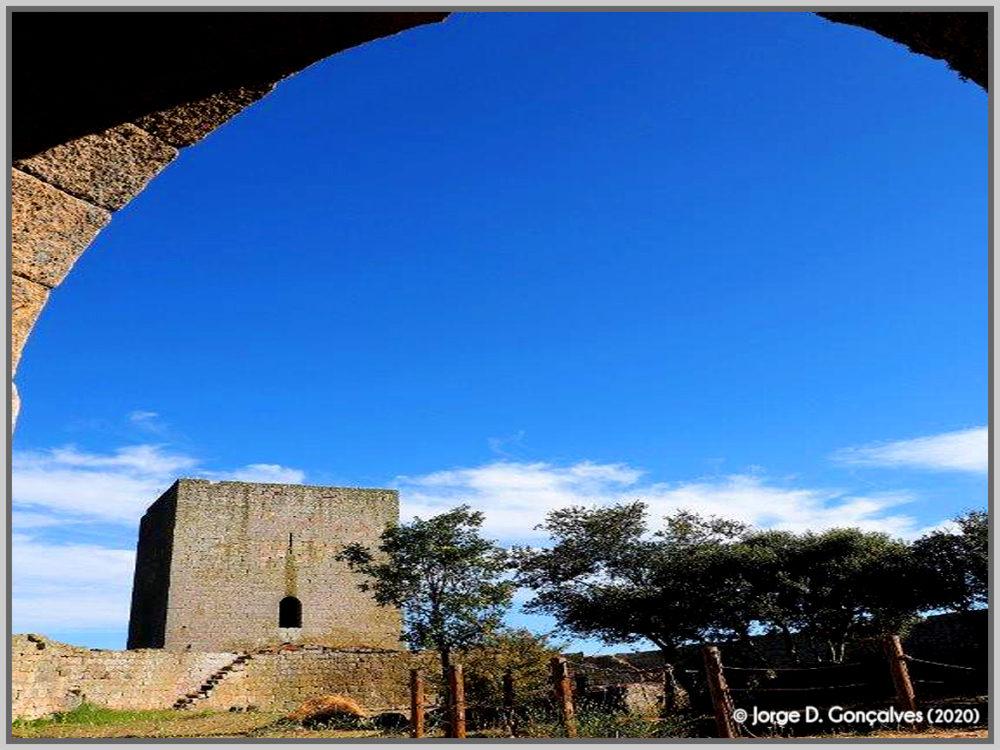 Interior do Castelo de Vilar Maior