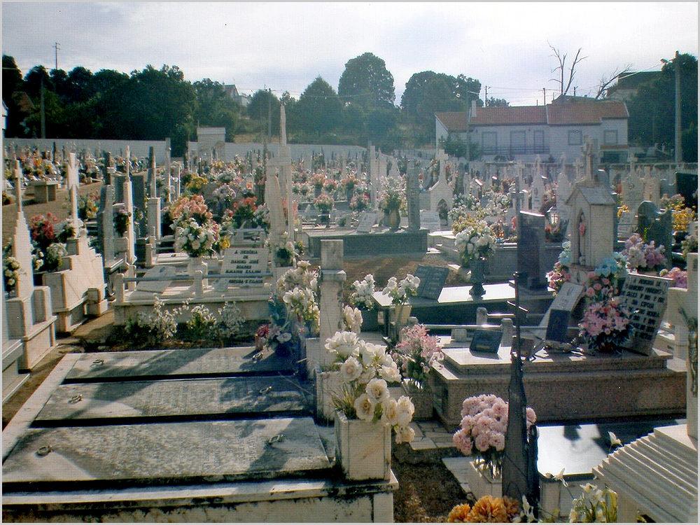 Cemitério de Quadrazais