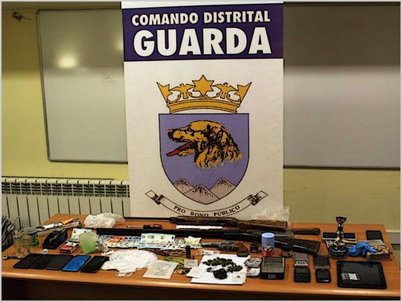 Droga e armas apreendidas na Guarda