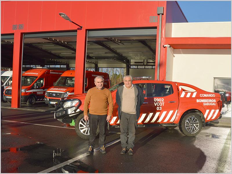 Luís Carlos Carriço com José Carlos Lages no novo quartel dos Bombeiros Voluntários do Sabugal