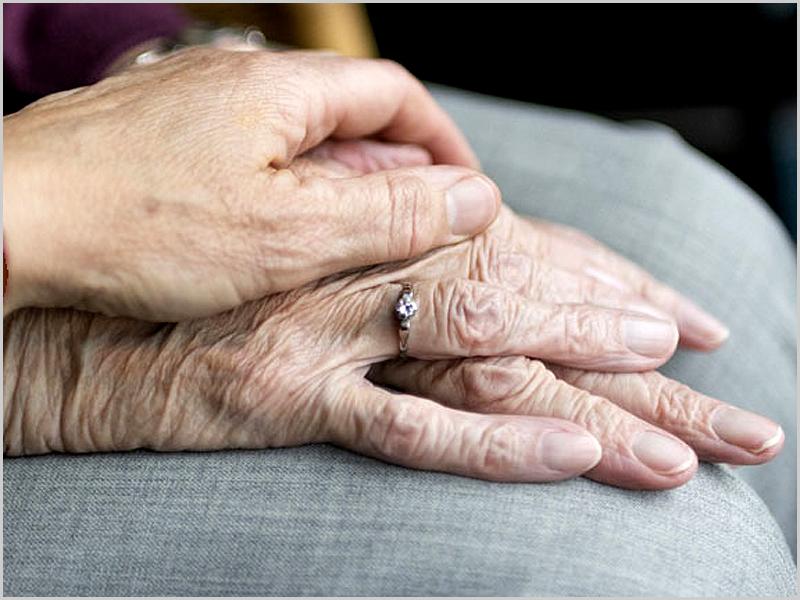 Amor infinito - idosos - capeiaarraiana.pt