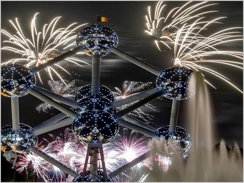 Boas vindas a 2021 no «átomo» de Bruxelas