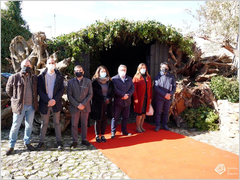 Executivo da Câmara Municipal do Sabugal visita o Presépio Natural no Castelo das Cinco Quinas do Sabugal (foto: C.M. Sabugal)