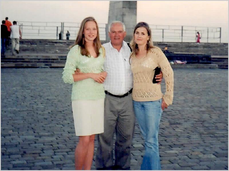 Franklim com a Anastácia e a Ana em Mogilev,