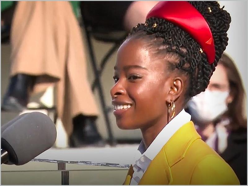 Amanda Gorman, poetisa, esteve na cerimónia da tomada de posse de Joe Biden, 46.º presidente do Estados Unidos da América