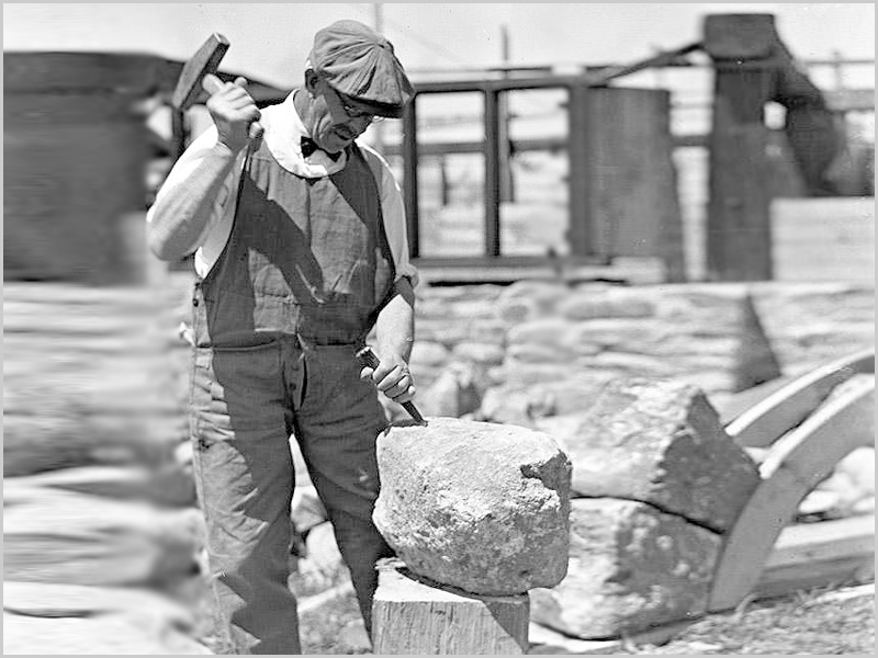 Artista «Pica» - picar as pedras - canteiro - pedreiro