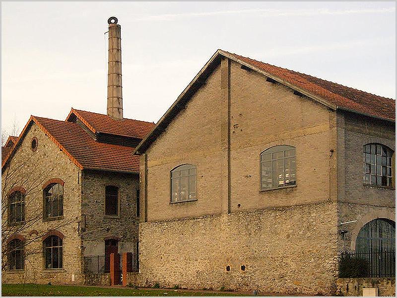 Fábrica de porcelanas Royal Limoges em França