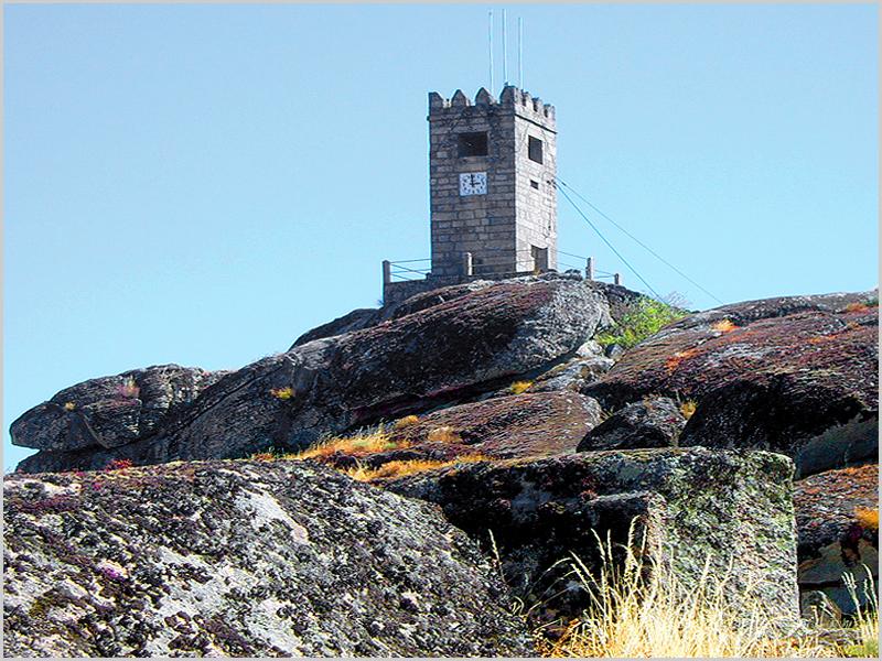 Torre do Relógio da Aldeia Histórica de Sortelha