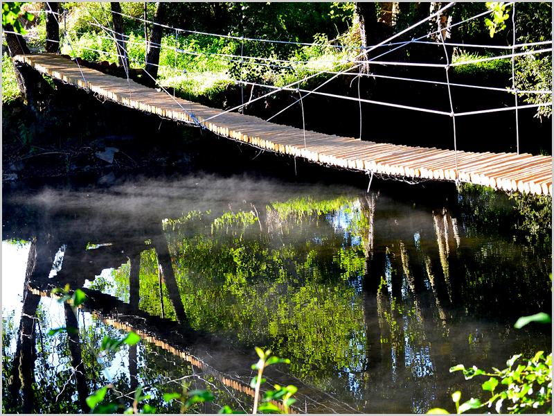 """Ponte de """"lianas"""" sobre o Côa"""" (Trilho do Manego - Quadrazais)"""