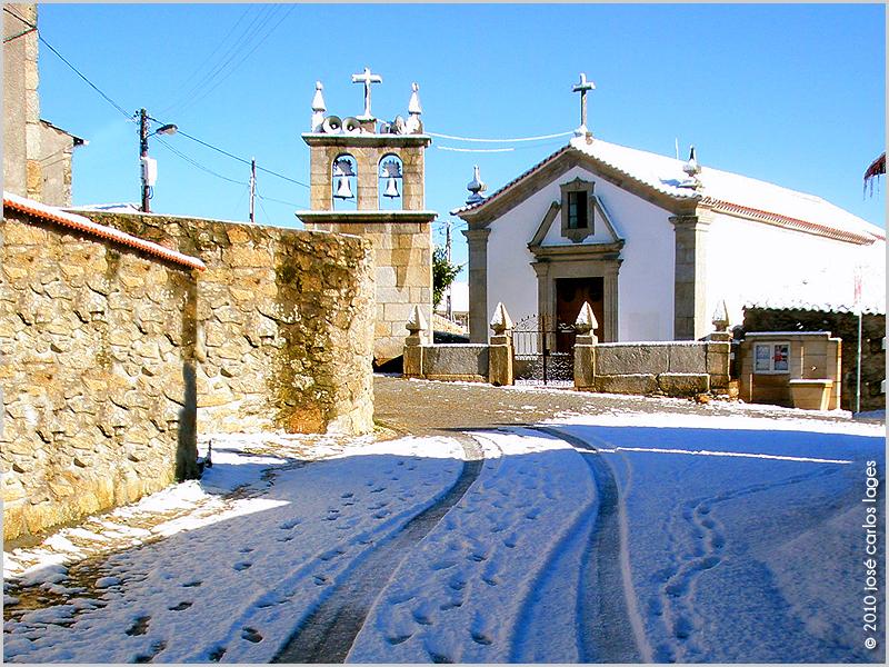 Largo da Igreja Matriz de Ruivós