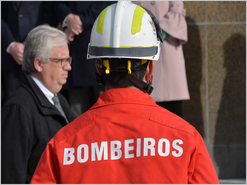 Nada ou quase nada se alterou no que aos Bombeiros ditos Voluntários diz respeito