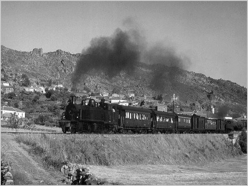Comboio a vapor na Linha da Beira Baixa