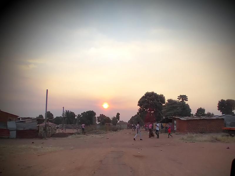 Um pôr-do-sol no Sachindongo