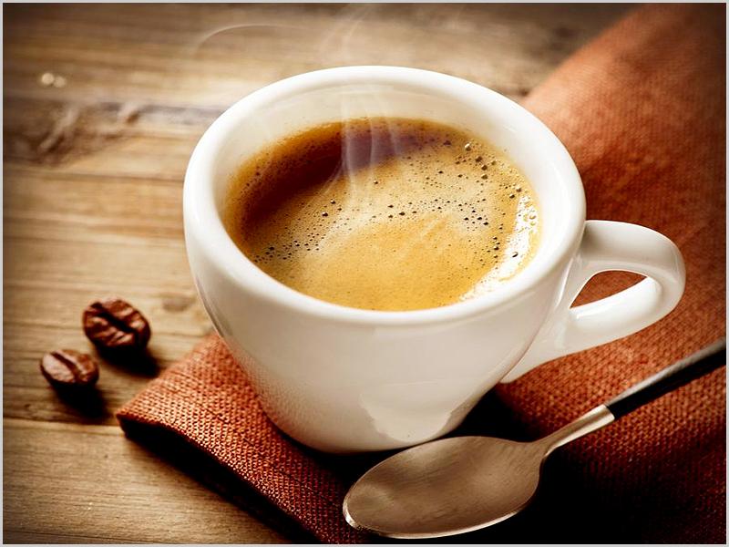 O prazer de um cremoso e vagaroso creme de café