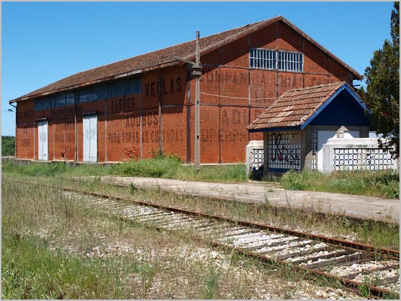Armazém-Barracão de produtos agrícolas e adubos da CUF