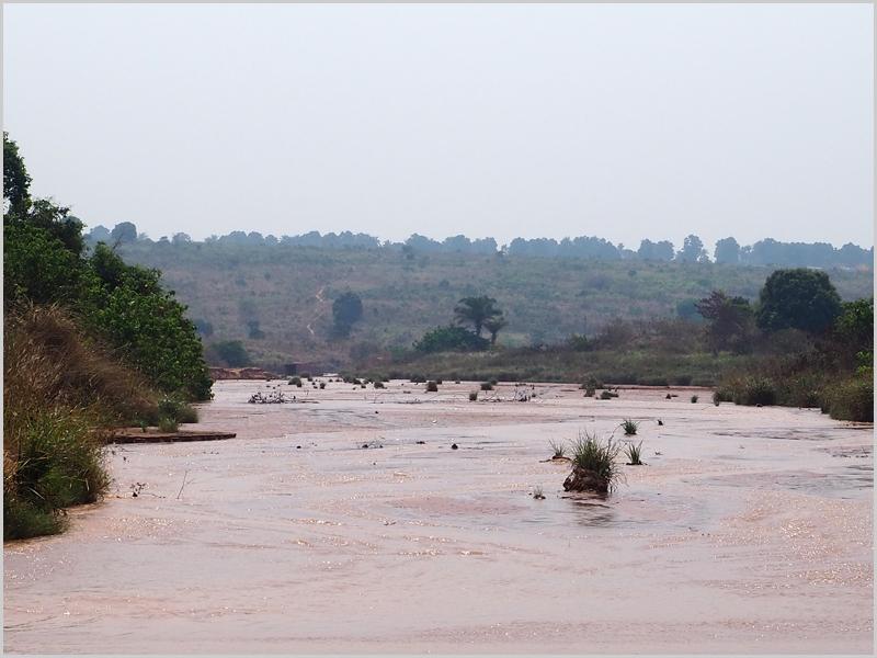 Rio Dundo no Cacimbo em Angola