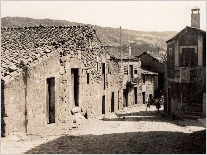 Rua do Casteleiro a precisar de obras nas casas