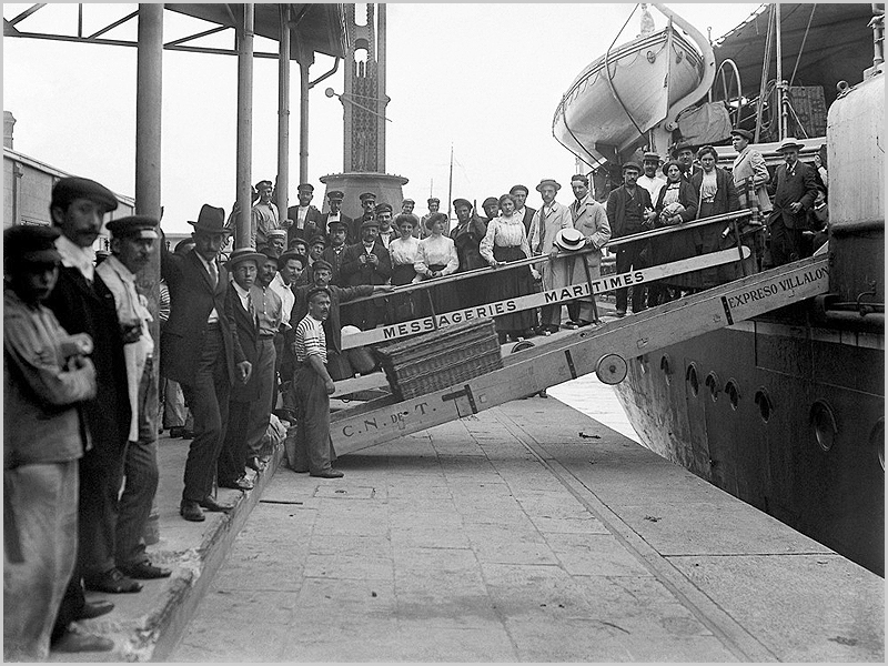 Muitos portugueses emigraram para a Argentina naqueles tempos