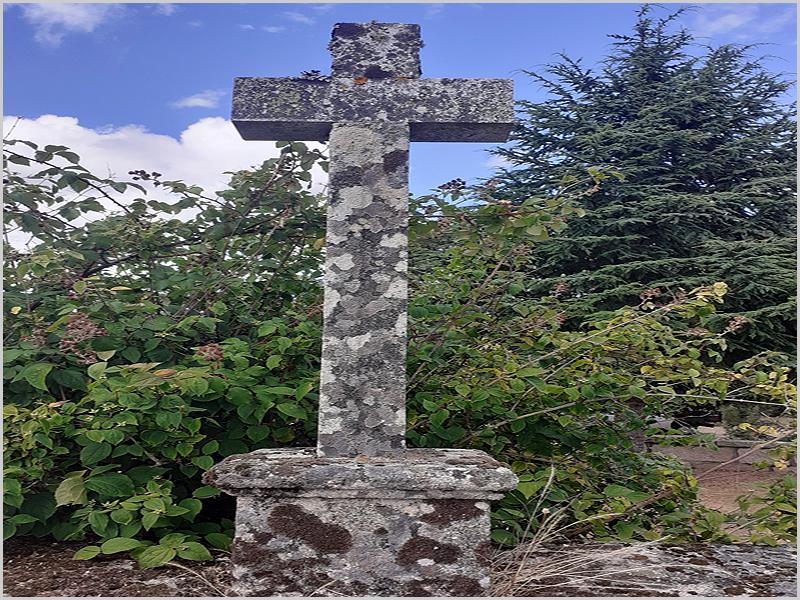 Cruz no cemitério de Águas Belas