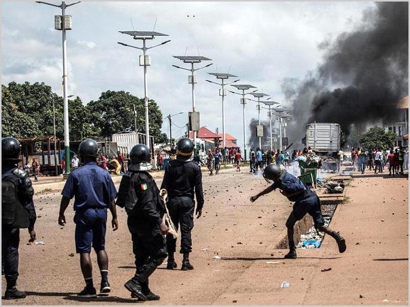 Militares fazem golpe de Estado na Guiné-Conacri